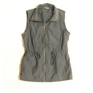 Army khaki green columbia vest